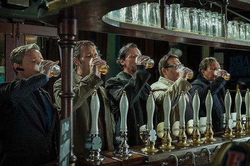 『ワールズ・エンド 酔っぱらいが世界を救う!』 ©2013 UNIVERSAL STUDIOS