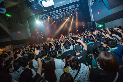 『aobozu TOUR 2018 ~木を隠すなら森の中~』TSUTAYA O-WEST公演の模様