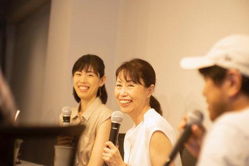 サクラバ姉妹(左から桜庭久美子、桜庭夕子)