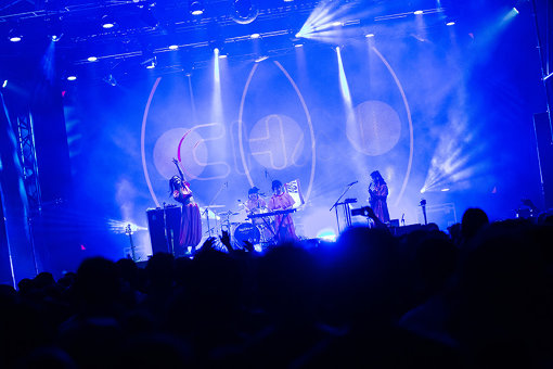 『FUJI ROCK FESTIVAL'18』にて(撮影:中磯ヨシオ)