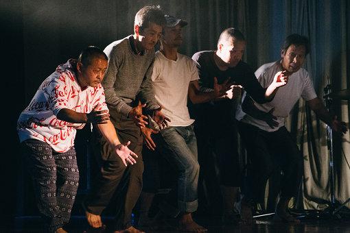 1日目のトップはダンスカンパニー「新人Hソケリッサ!」から。音楽だけではなく、ダンス公演も行われた