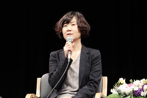 『82年生まれ、キム・ジヨン』の著者チョ・ナムジュ。1978年ソウル生まれ。