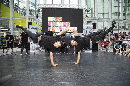 左から:サミュエル・リマ(サムカ)、ルーカス・マシャド(ペルニンハ)(ILL-Abilities)