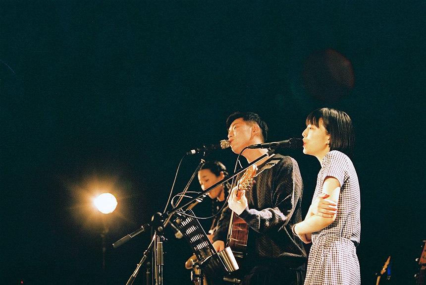 折坂悠太とカネコアヤノの再会の記録 「歌」に注ぐ眼差しの違い