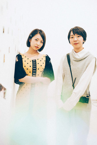左から:戸田真琴、飯田エリカ