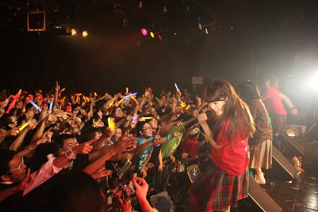 『IDOL is DEAD』(2011年12月20日@LIQUIDROOM恵比寿)ライブ写真