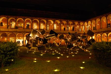ミラノ大学構内のパナソニックの展示