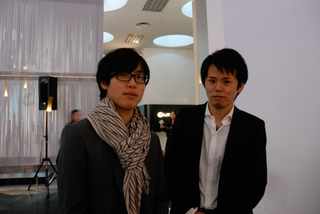 tangent(左:吉本英樹、右:小野恵央)