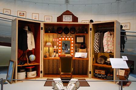 『小林賢太郎がコントや演劇のためにつくった美術展』展示風景