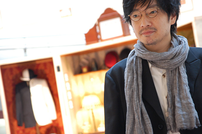 小林賢太郎は、シニカルなのに相手を傷つけない。そんな彼に翻弄される展覧会