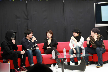 左から三輪士郎、青山裕企、水尻自子、kz(livetune)、関和亮