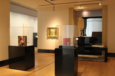 ジャック・ドゥーセの書斎をイメージした展示室