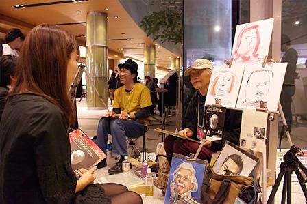 加藤立『目を閉じて絵を描く』ワークショップ風景 撮影:Hirofumi Tani