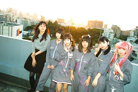 左から:朝倉加葉子、あの、もね、けちょん、ちーぼう、ようなぴ(しふぉんは都合により欠席) 撮影:田中一人