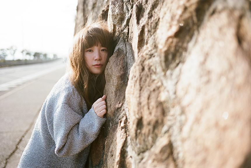 YUKIの『まばたき』を歌詞から紐解く 過去の作風との変化が鍵