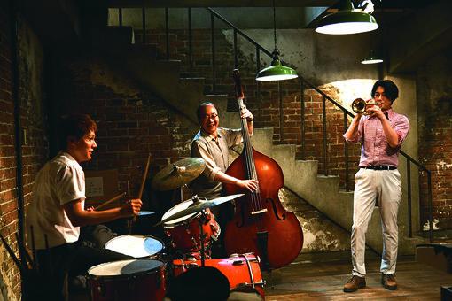 律子の父親が経営するレコードショップの地下では、毎日、千太郎たちがセッションを行う/ ©2018 映画「坂道のアポロン」製作委員会 ©2008 小玉ユキ/小学館